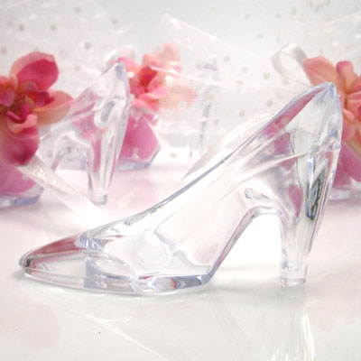 Crystal Clear Shoe Favor