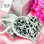 Exquisite Heart Shaped Curio Box