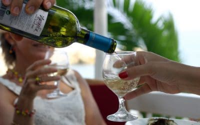 """A Study Figured Out What Time """"Wine O'Clock"""" Is"""