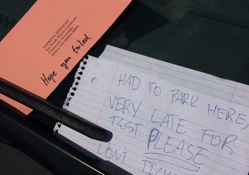 Hater Parking Attendant Leaves Rude Note on Parking Ticket