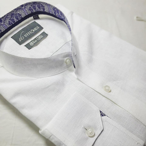 White_linen_shirt_with_paisley_contrast
