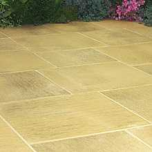 Galaxy Paving York Gold Random Patio Kit (14 sqm)
