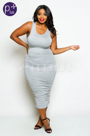 Plus Size Solid Sleeveless Midi Dress