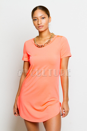 Solid Short Sleeve Tunic Dress w/ Chain Necklace