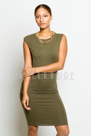 Solid Sleeveless Knee Length Dress w/ Chain