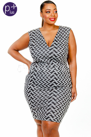 Plus Size Key Hole Back Pattern Bodycon Dress