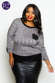 Plus Size Contrast Knit Top