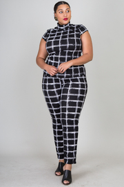 Plus Size Short Sleeve Printed Top With Pants Set