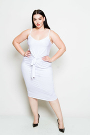 Plus Size Sleeveless Front Twist Solid Midi Dress