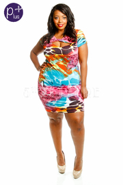 Plus Size Short Sleeve Scoop Neck Mini Dress