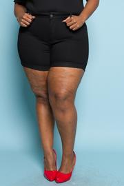 Plus Size Flower Print Shorts