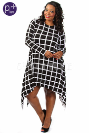Plus Size Grid Flowy Long Sleeved Dress