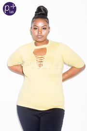 Plus Size Basic Criss Cross Keyhole Top