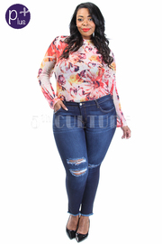 Plus Size Ripped Knee Classic Skinny Jeans