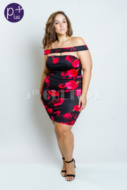 Plus Size Cutout Off Shoulder Roses Print Dress
