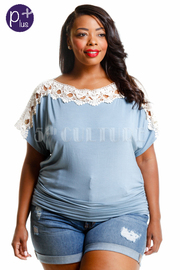 Plus Size Basic Crochet Trim Top
