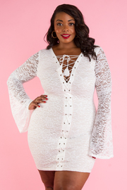 Plus Size Criss Cross Straps Trumpet Sleeved Mini Dress