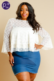Plus Size Vintage Lacey Bell Sleeved Top