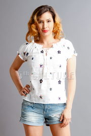 Cute Embroidery Flowers Top