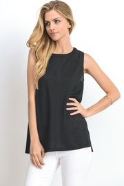 Basic Sleeveless Muscle Tee