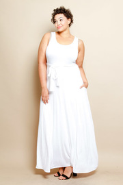 Plus Size Basic But Nice Maxi Pocket Tie Waist Dress