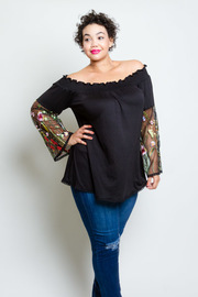 Plus Size Embroidery Floral Bell Sleeved Off Shoulder Top