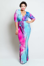 Plus Size Classic Tie Dye Maxi 3/4 Sleeved Dress