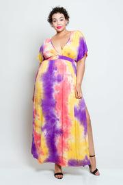 Plus Size Deep V Flowy Maxi Short Sleeved Dress