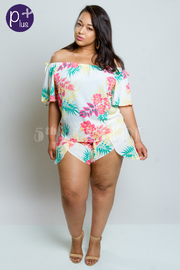 Plus Size 2-Piece Hawaiian Style Off Shoulder Shorts Set