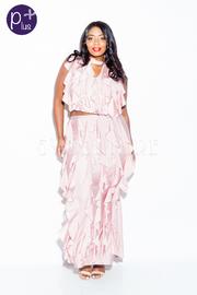 Plus Size Trendy Ruffled Up 2-Piece Keyhole Cropped Skirt Set