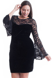 Plus Size Sweetheart Laced Bell Sleeved Mini Dress