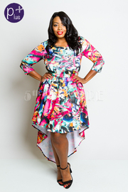 Plus Size Colorful 3/4 Sleeved Tail Back Dress
