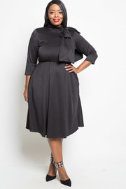 Plus Size Bow Shoulder 3/4 Sleeved Solid Flowy Dress