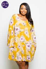 Plus Size Flared Sleeved Floral Tunic Dress