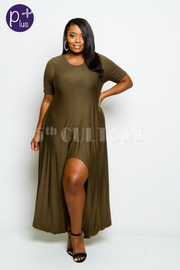 Plus Size Short Sleeved Basic Round Neck Maxi Dress