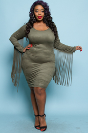 Plus Size Sexy In Fringed Sleeved Bodycon Solid Dress