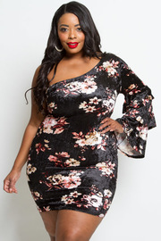 PLUS SIZE FLORAL VELOUR MINI DRESS