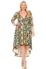 PLUS SIZE PRITED WRAPPED MIDI DRESS