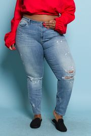 PLUS SIZE WASHED DESTROYED JEANS