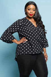 PLUS SIZE LONG SLEEVE WRAP DOT TOP