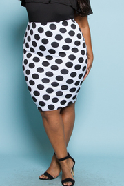 PLUS SIZE Black and white Dot skirt