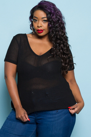 PLUS SIZE V-NECK SHORT SLEEVE TOP
