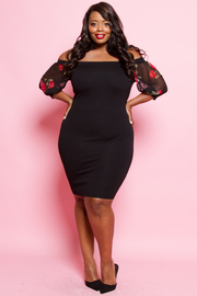 PLUS SIZE FITTED MIDI DRESS