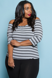 PLUS SIZE COLD SHOULDER STRIPE 3/4 SLEEVE TOP