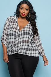 PLUS SIZE SEXY V-NECK 3/4 SLEEVE TOP