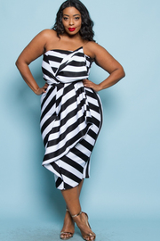PLUS SIZE TUBE STRIPE MIDI DRESS