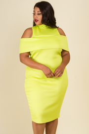PLUS SIZE COLD SHOULDER FITTED MIDI DRESS