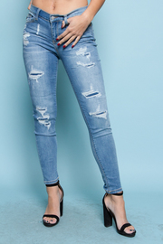STYLISH DESTROYED SKINNY JEANS