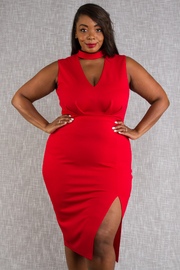 PLUS SIZE KEYHOLE FRONT NECK SLEEVELESS MIDI DRESS WITH SLIT ON THE SIDE