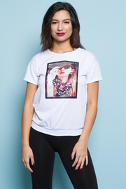 FACE PRINTED SHORT SLEEVE TOP